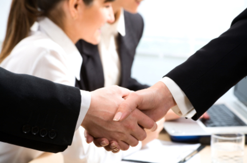 china business etiquette Dos and don'ts when doing business in china  according to chinese business  etiquette, it is up to you to make the first move, as the host will.